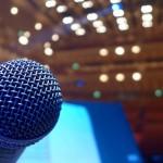 声を出すことが恐怖な人が、なぜ大観衆の前で大きな声を出せるようになるのか?