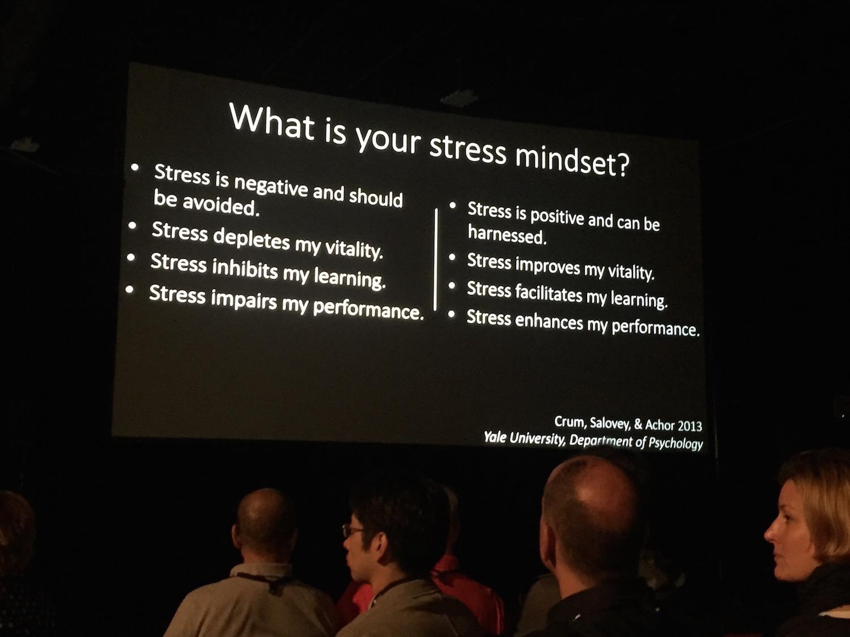 ATDでのケリー・マクゴニガル基調講演ストレス